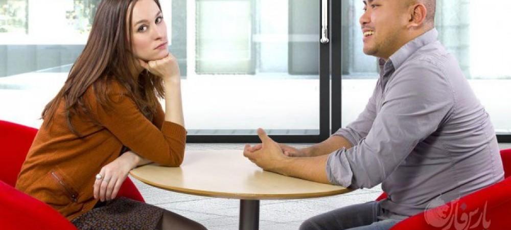 7 عادت بد حرف زدن که به سرعت آدمها را از شما دور میکند
