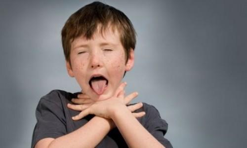 وقتی کودکمان شیئی را بلعید چه کنیم؟