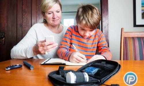 چگونه شرایط فرزند دیابتی ام را در مراسم و تعطیلات خاص کنترل نمایم؟