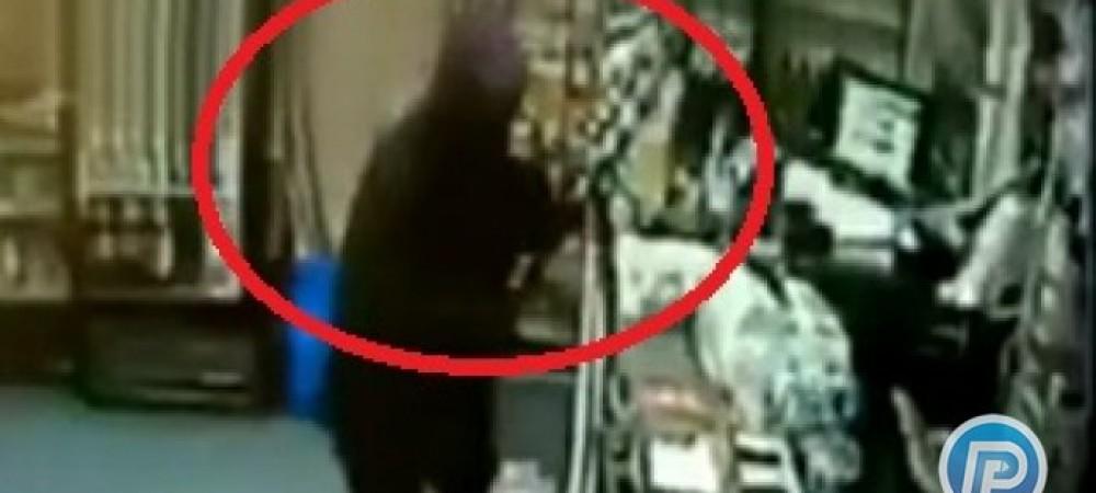 مسلمانشدن مردی که برای سرقت به فروشگاهی در آمریکا رفت