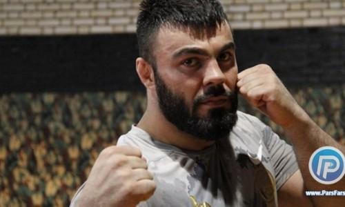 علی اکبری: درخواست تعویق مبارزه ام برابر واخایف به خاطر ترس نبود