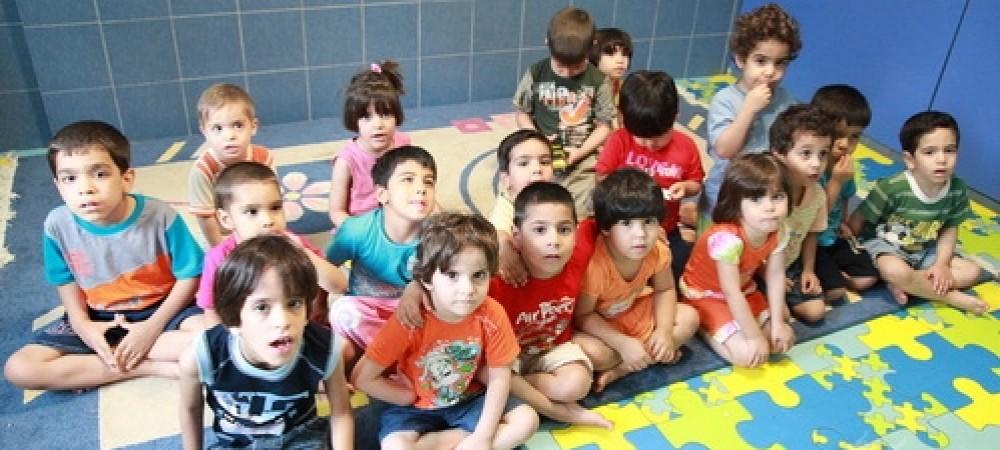 1600 متقاضی برای فرزند خواندگی در کشور وجود دارند