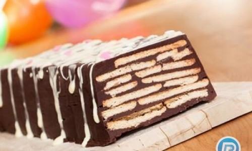 کیک بیسکوئیتی با طعم شکلات بدون نیاز به فر